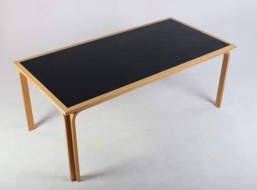 Magnus Olesen mødebord