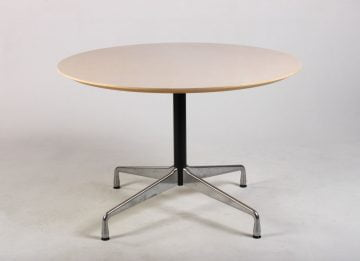 Charles Eames Segmented Table ahorn