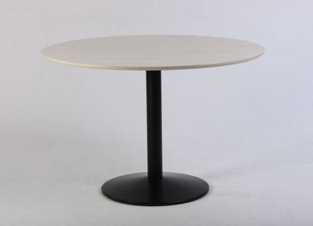 Rundt mødebord