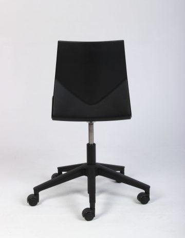 Four Design stol