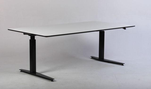 Duba/Paustian hæve-sænkebord