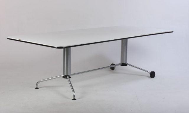 Fritz Hansen konferencebord