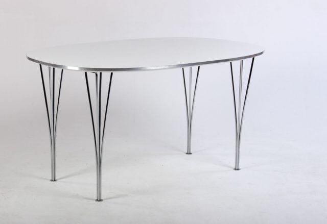 Fritz Hansen B611 spisebord