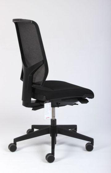 Giroflex 68 kontorstol i sort med netryg