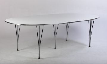 Fritz Hansen Super Ellipse