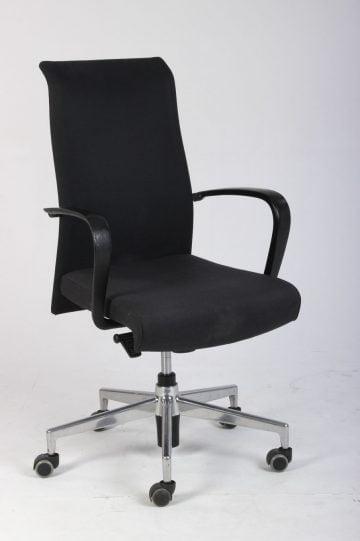 Kusch+Co kontorstol med armlæn