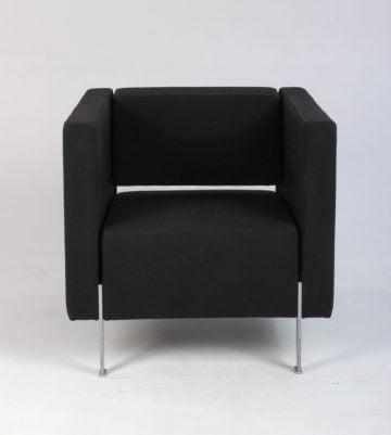 Kinnarps model PIO lænestol i sort