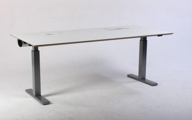 Duba hæve sænkebord 180 cm.