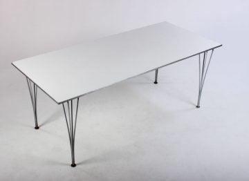 Fritz Hansen spisebord 180x80 cm.