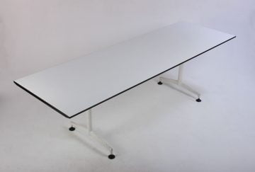 Kusch+co mødebord