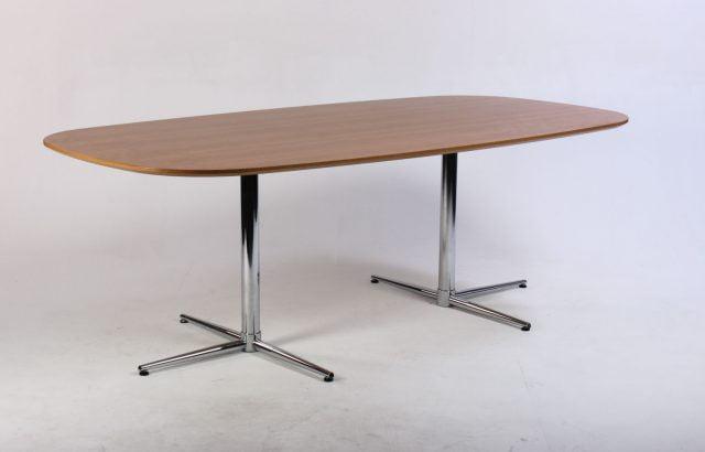 Mødebord 210 cm.