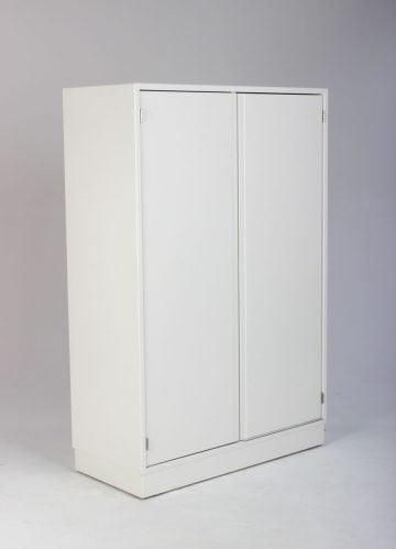 Skab hvid med 6 rum