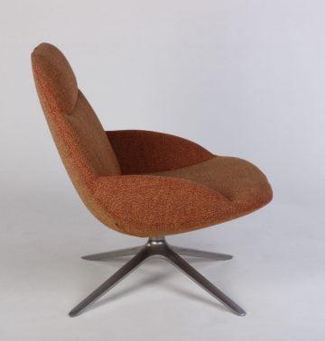 Erik Jørgensen EJ 10 Uma stol