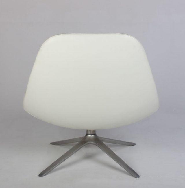 Erik Jørgensen EJ 10 Uma stol læder hvid
