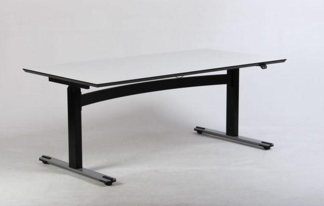 hvid og sort hæve sænkebord