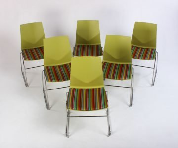 Four design Four Cast
