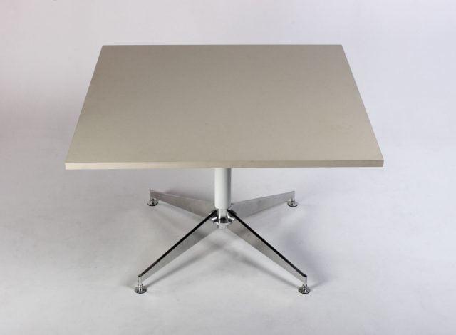 Firkantet bord